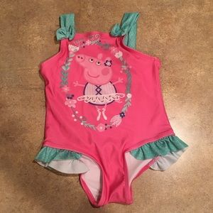 Girls size 4T Peppa Pig swimsuit